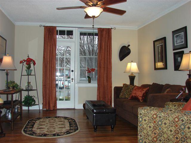 wilmont_hemingway_livingroom_1_ad
